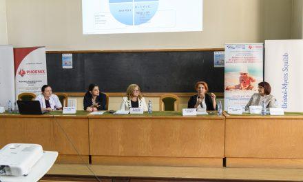 """Asociatia Oncopacientilor PHOENIX a desfășurat a IV-a ediție a campaniei """"Soare fără pete"""" destinată prevenției și diagnosticării precoce a melanomului"""
