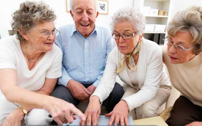 Bolnavii de cancer şi îngrijitorii lor ar putea beneficia gratuit de consiliere psihologică şi zile de concediu