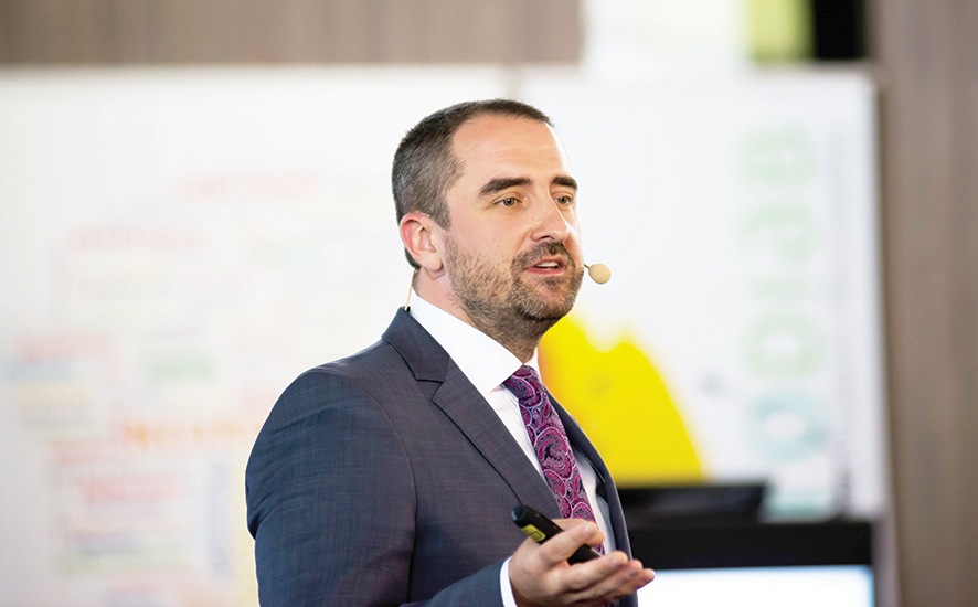 Conf. Dr. Bogdan Timar: Dintre măsurile de minimizare a riscului epidemiologic, posibilitatea de a oferi consultații la distanță are o importanță majoră