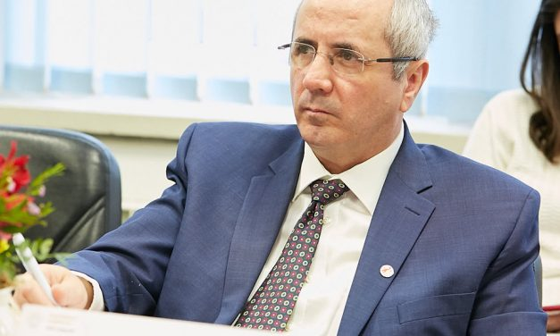 Prof. Dr. Daniel Coriu, Vicepreședinte SRH: Reușim să evităm internările pentru pacienții cu boli hematologice benigne sau pentru pacienții cu boala stabilă care sunt programați la control sau rețetă