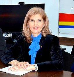 Deputat Dr. Cristina Elena Dinu, Secretar, Comisia de Sănătate, despre suspendarea tratamentelor neurgente: Sunt multe măsuri luate în grabă, cu vicii severe