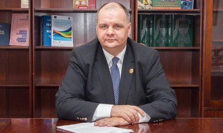 """Președintele Comisiei de Sănătate din Camera Deputaților, Conf. Univ. Dr. Florin Buicu: Va fi o evoluție """"în dinți de fierăstrău"""" a crizei, iar cel mai periculos, postpandemie, va fi pericolul social și economic"""