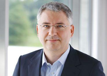 Severin Schwan, CEO Roche: Importanța lanțului de aprovizionare, infrastructura spitalelor și cooperarea cu autoritățile în contextul COVID-19