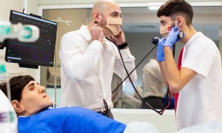 Academia Europeană pentru Asistenți Medicali organizează Săptămâna Asistentului Medical pentru elevii de liceu
