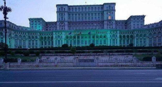 Ziua Conştientizării bolii Batten – Palatul Parlamentului va fi iluminat miercuri în turcoaz