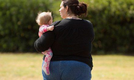 Boala ficatului gras, mai frecventă la copiii mamelor obeze